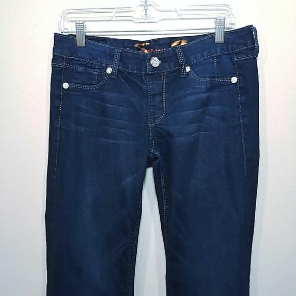 Seven7 Denim - Seven7 Women's Flare Jeans Dark Wash size 30